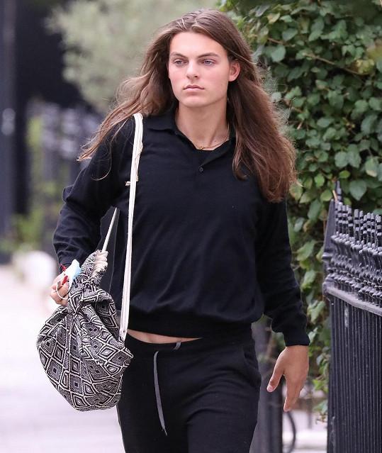 Osmnáctiletý model je kopií slavné herečky.