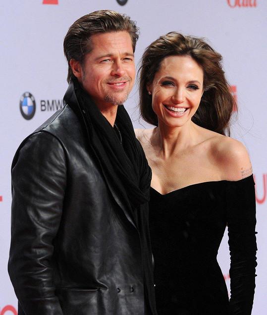 Mnohem pozitivněji smýšlí o expartnerovi Jolie Bradu Pittovi. Je prý zlatíčko.