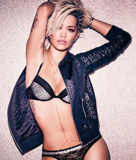 Rita Ora byla dobrá volba...