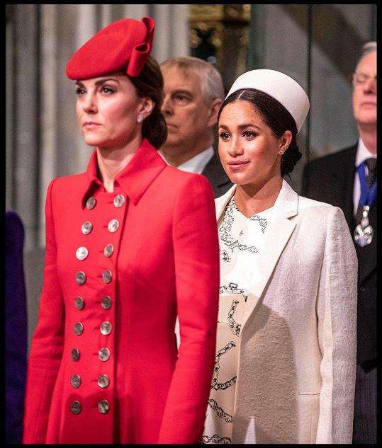 Mezi Meghan a Kate podle informací z Velké Británie nepanují zrovna vřelé přátelské vztahy.