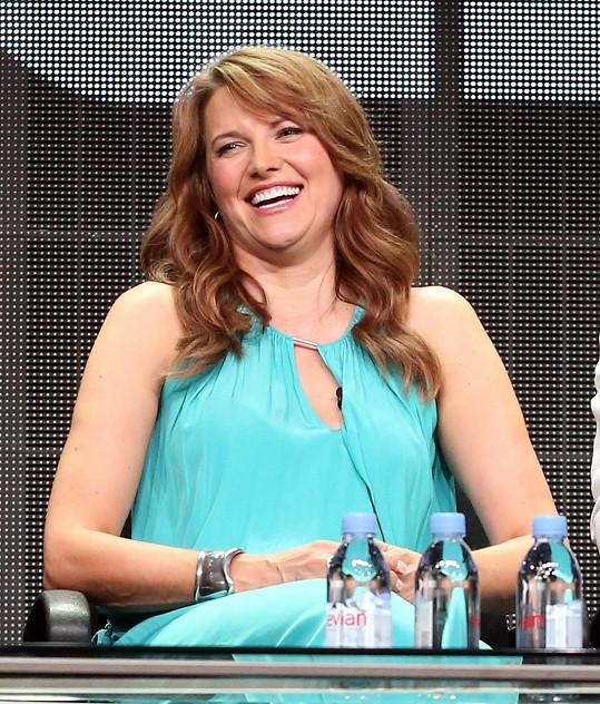 Lucy na tiskovce k novému seriálu Ash vs Evil Dead