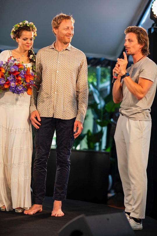 Karel Janeček a Lilia Khousnoutdinova společně oslavili narozeniny. Večírkem provázel beatboxer Ondřej Havlík známý jako En.dru.