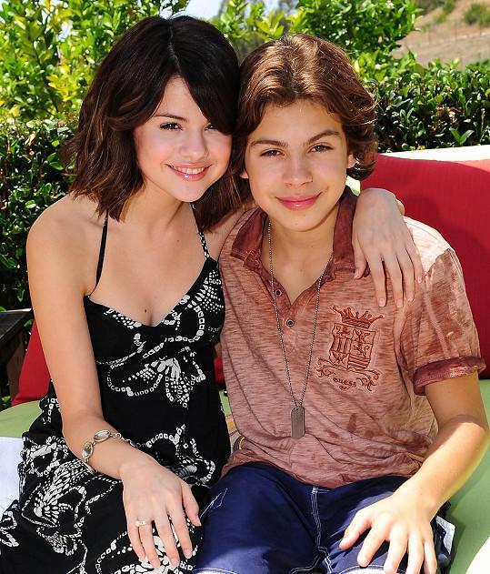 Se Selenou Gomez se znají díky seriálu Kouzelníci z Waverly.