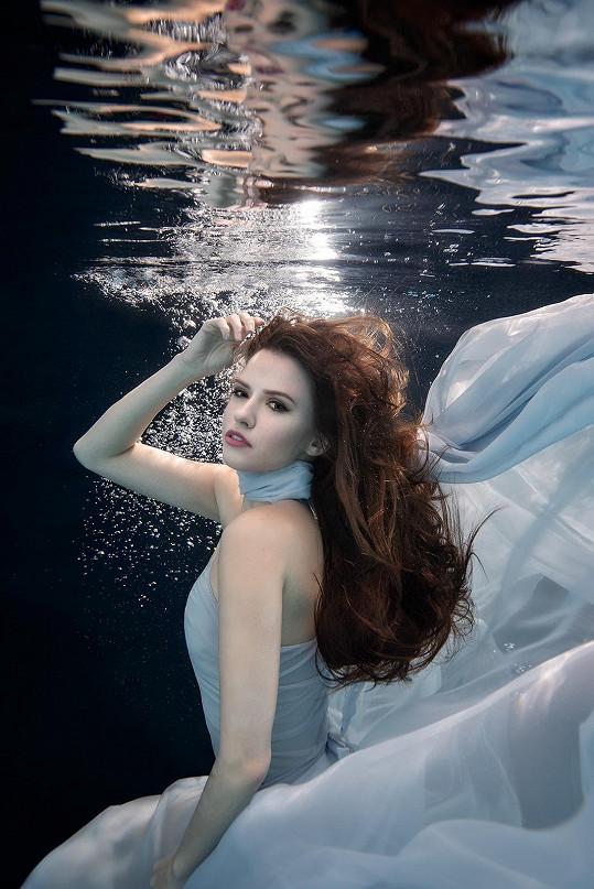 Dominika Branišová jako mořská panna
