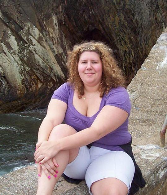 Donna Gillie nakynula až na 104 kilogramů.