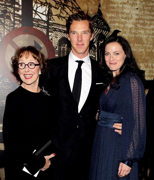 Stubbs s kolegy ze seriálu Sherlock Benedictem Cumberbatchem a Larou Pulver