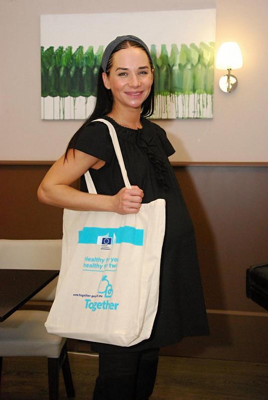 Sandra se společně s Nikolou Sudovou stala patronkou projektu.
