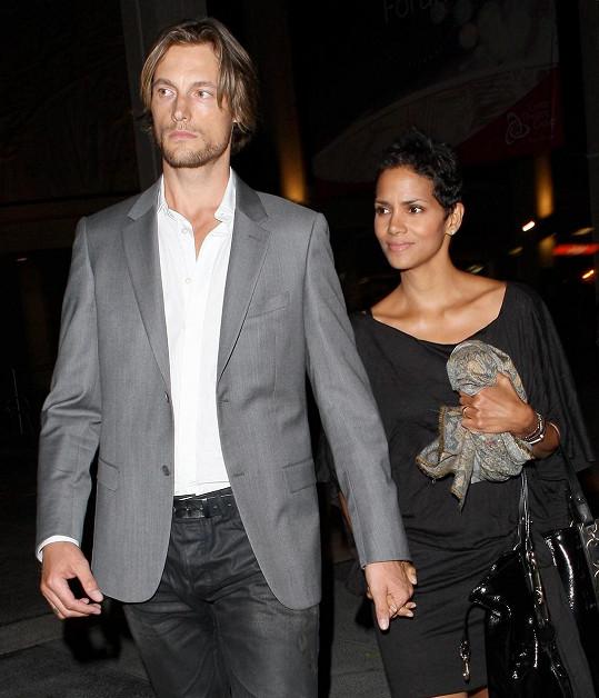 Halle Berry vedla nepěkný spor o dceru s bývalým partnerem Gabrielem Aubrym.