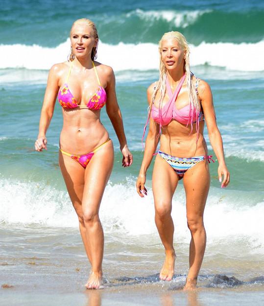 Ana Braga a Frenchy vzbudily rozruch na pláži.