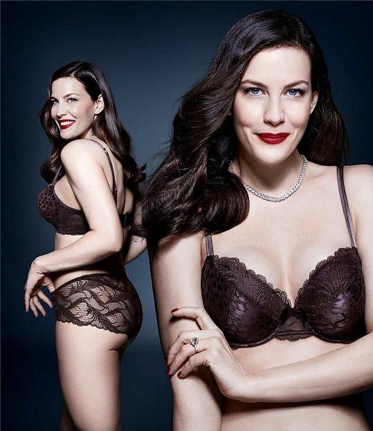 Liv zazářila v kampani na spodní prádlo.