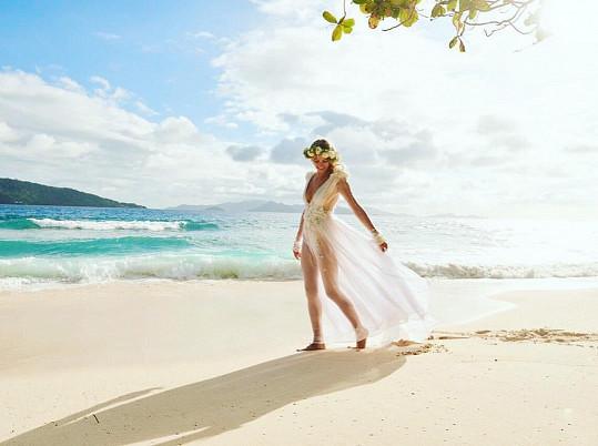 Simona Dvořáková se vdala na Seychelách.