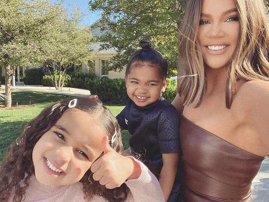Khloé chce mít hodně dětí, na snímku s True a Dream, dcerou bratra Roba.