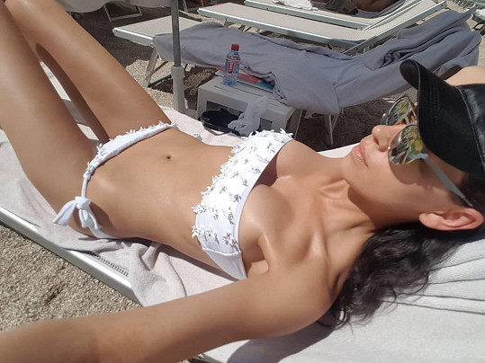 Na monacké pláži Larvotto