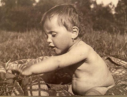 Lucie Bílá na snímku z dětství