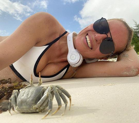 Simona Krainová si užívá dovolenou snů.