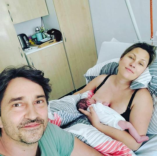 Herec se stal počtvrté otcem a má opět holčičku.