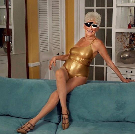 Je velmi vitální a sexuálně aktivní.