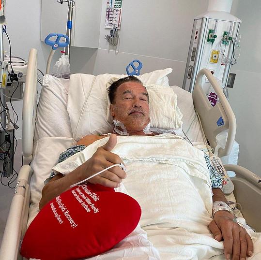 Arnold Schwarzenegger podstoupil operaci srdce.