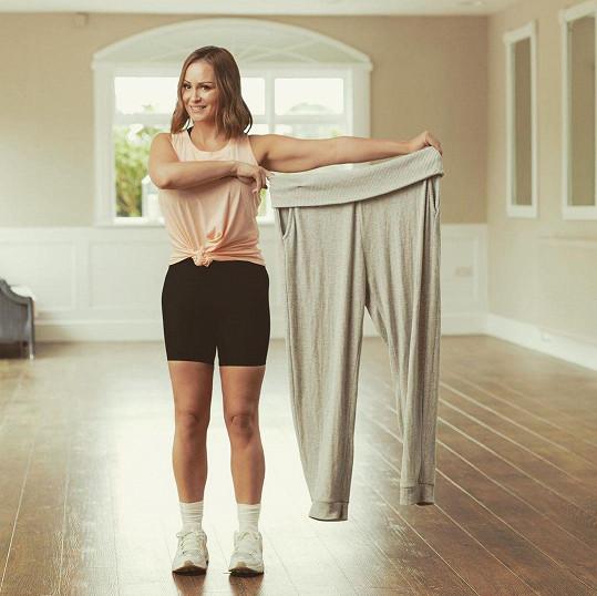 Chanelle Hayes se pochlubila snímkem s tepláky, které nosila před zhubnutím.