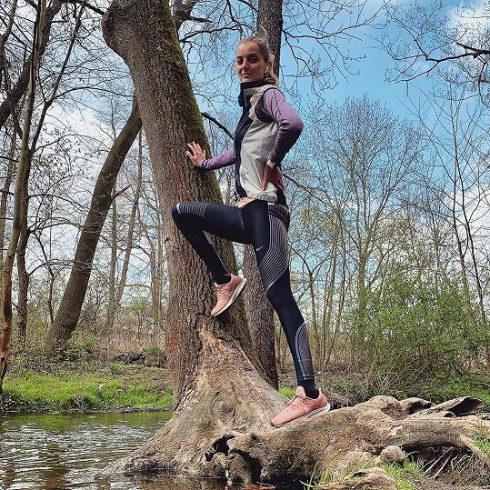 Sportovat chodí i do přírody.