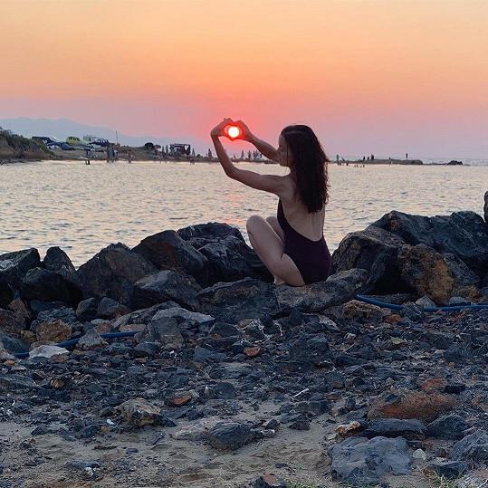Lilia Khousnoutdinová se snažila zachytit západ slunce.