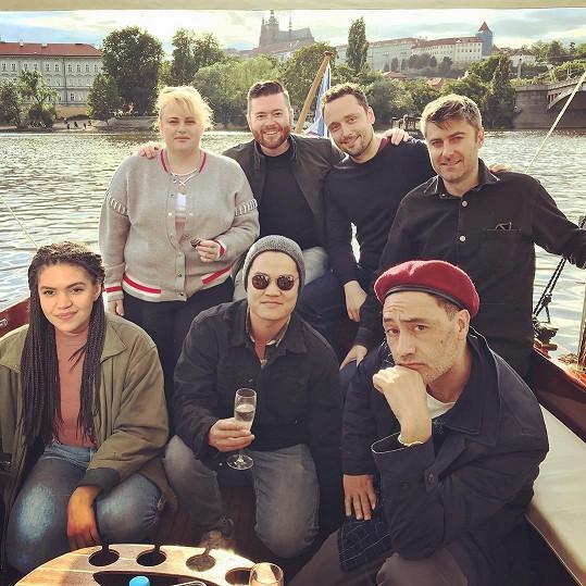 Rebel Wilson na fotce z Prahy