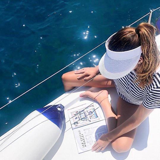 Na jachtě bylo dobře.