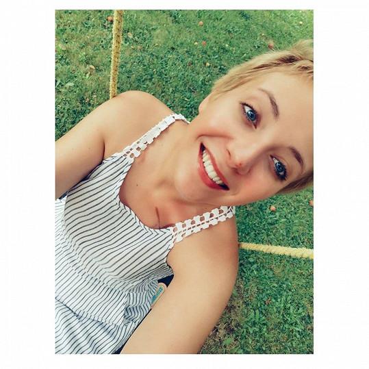 Anička oslavila 25. narozeniny a s úsměvem zavzpomínala na svůj poslední rok, který příliš šťastný nebyl.