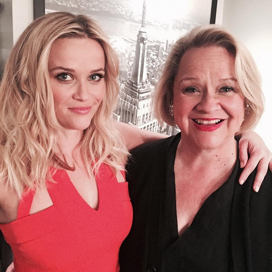 A tady Reese se svou maminkou. Ženy v této rodině mají silné geny!