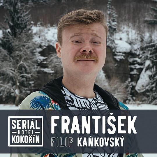 Filip si zahraje jednu z hlavních rolí v seriálu, na jehož scénáři se podílel jeho kolega Jiří Mádl. O své roli zatím nechce příliš prozradit.