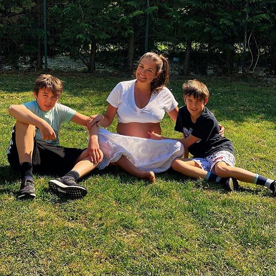 Alena se svými dvěma syny