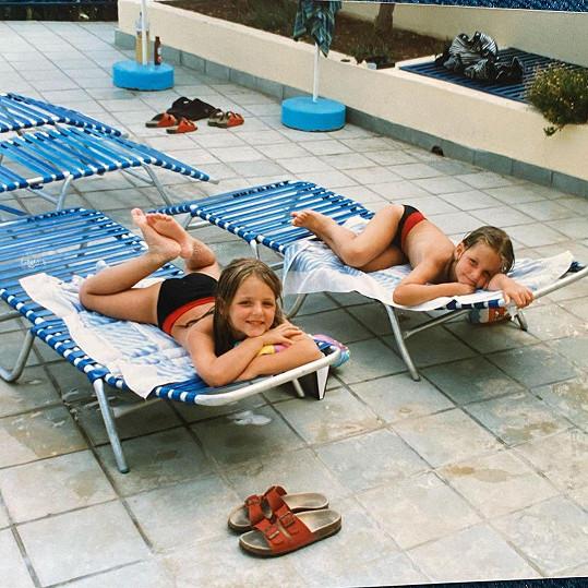 Kristýna Plíšková a její dvojče Karolína (vpravo)