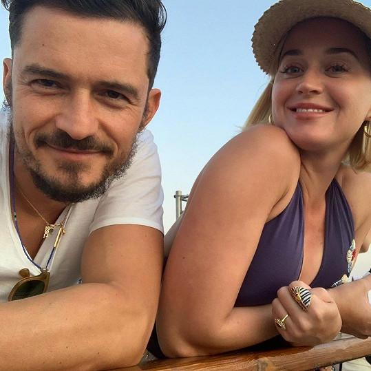 Z Katy Perry a Orlanda Blooma se v srpnu stali rodiče.