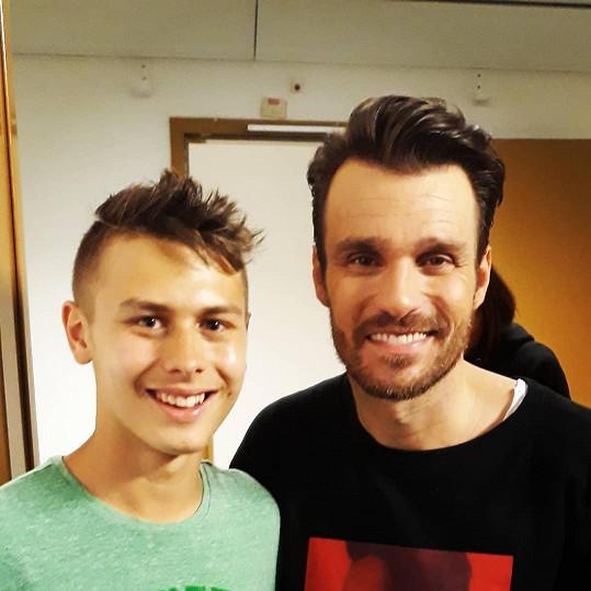 Leoš Mareš a Ladislav Angyal si v průběhu SuperStar pořídili i selfie.