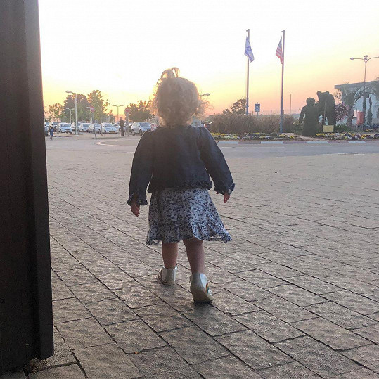Agátina dcera Mia na průzkumech