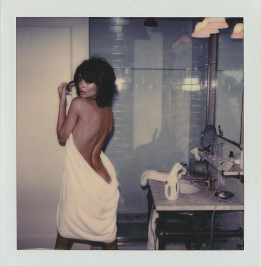 Odhalené fotky jsou její specialita.