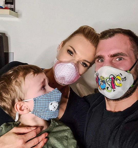 Hana Mašlíková s manželem Andrém a synem