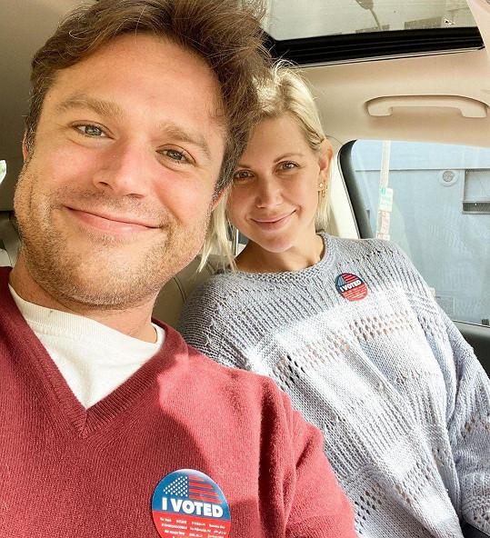 Letos se oženil i nejstarší syn zesnulého komika Robina Williamse Zak. Vzal si dlouholetou přítelkyni Olivii June, s níž má syna.