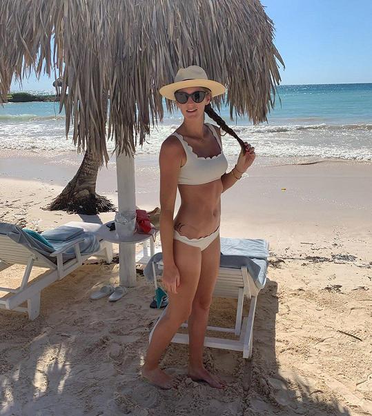 Karolína Plíšková, nyní provdaná Hrdličková, má postavu modelky.