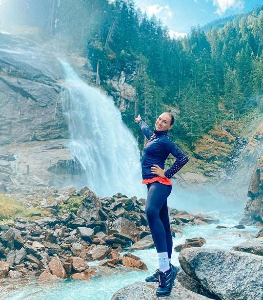Zpěvačka vyrazila na pár dní do rakouských Alp.