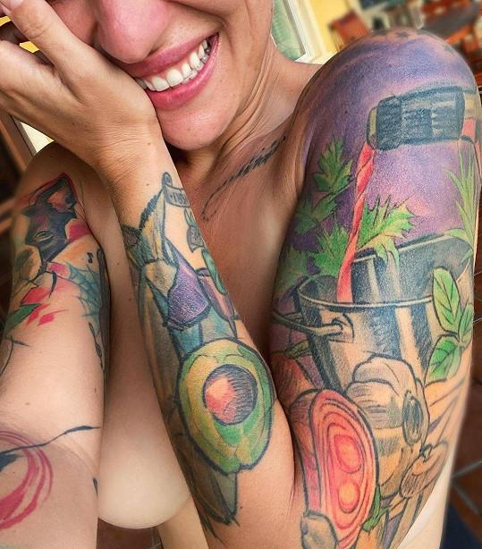 Kamu a její tetování