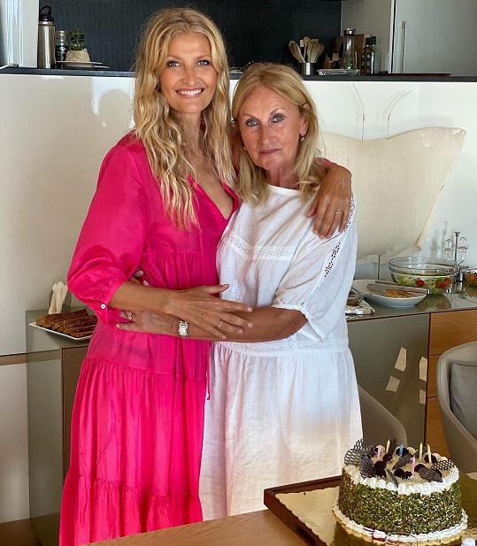 Tereza Maxová s maminkou Alenou