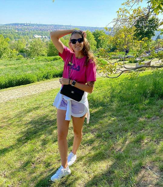 Karolína Plíšková chodí na procházky často.