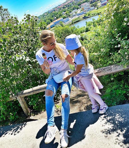 Fotka s dcerou Lindou s výhledem
