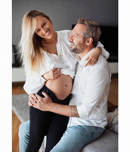 Renata Langmannová se těší s manželem Ondřejem Novotným na prvního potomka.