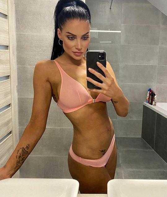 Andrea Pomeje předvedla perfektní figuru.