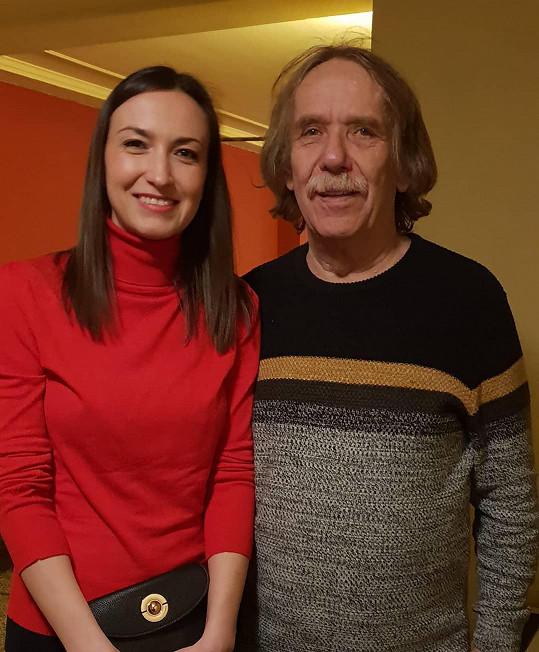 Nedávno pózovala s Jarkem Nohavicou.