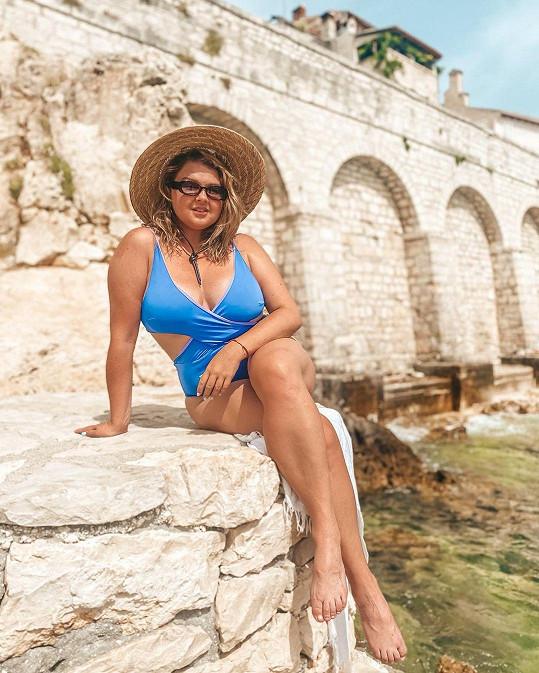 Vyrazila na dovolenou do oblasti Rovinj v Chorvatsku.