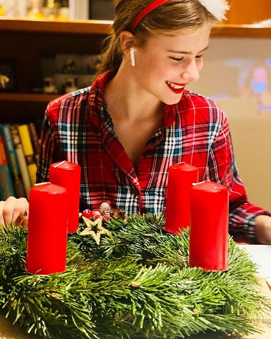 Herečka se pochlubila dcerkou Sofií, která je prý nejvetší milovnicí Vánoc, jakou zná.