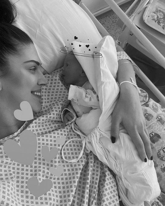Krásná Aneta Vignerová ukázala snímek z porodnice.